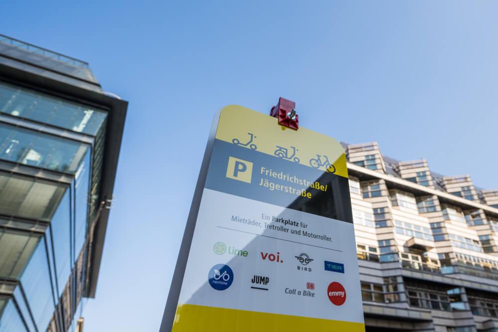 Bild zeigt Jelbi-Punkt in der Friedrichstraße